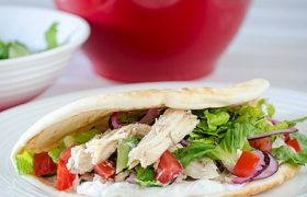 Slow COoked Chicken Gyros   realmomkitchen.com