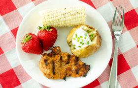 Apple BBQ Grilled Chicken | realmomkitchen.com