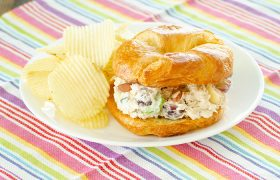 Orchard Style Chicken Salad | realmomkitchen.com