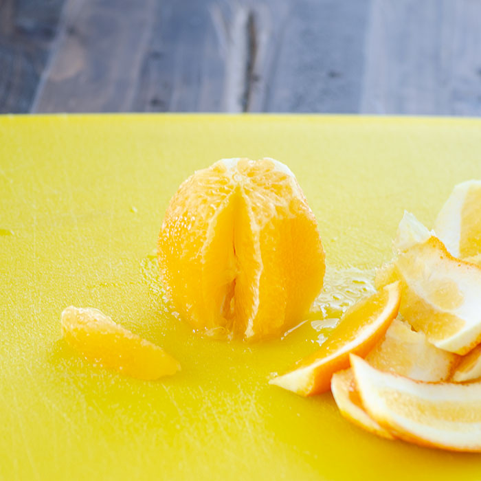 Christmas Salad with Citrus Vinaigrette - how to segment an orange | realmomkitchen.com
