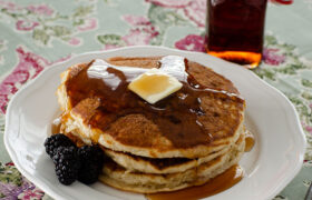 Light and Fluffy Homamde Pancakes   realmomkitchen.com