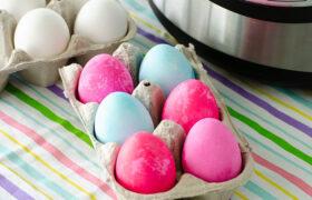 Instant Pot Easter Eggs| realmomkitchen.com