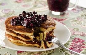 Sweet Cream Pancakes   realmomkitchen.com