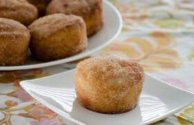 French Breakfast Puffs | realmomkitchen.com