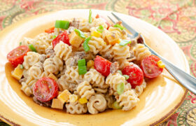 Loaded Cowboy Pasta Salad | realmomkitchen.com