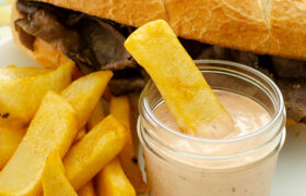 Amazing Fry Sauce | realmomkitchen.com