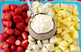 Pineapple Fruit Dip | realmomkitchen.com