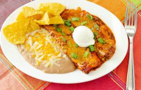 Easy Cheese Enchiladas | realmomkitchen.com