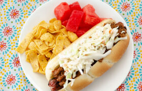 Carolina Style Hot Dogs | realmomkitchen.com