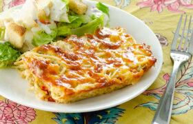 Cheesy Chicken Spaghetti Bake | realmomkitchen.com