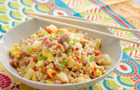 Hawaiian Ham Fried Rice | realmomkichen.com