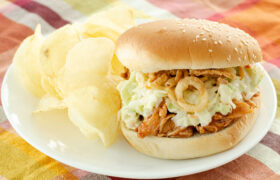 Instant Pot Honey Barbecue Chicken Sandwiches | realmomkitchen.com