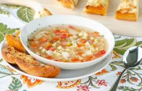 Sicilian Chicken Noodle Soup | realmomkitchen.com
