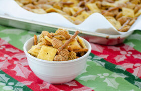 Cheddar Ranch Snack Mix | realmomkitchen.com