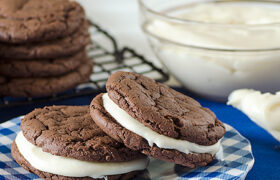 Homemdae Oreo Cookies | realmomkitchen.com