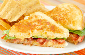 BLT Grilled Cheese Sandwiches | realmomkitchen.com