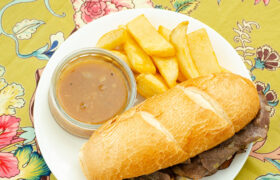 Quick French Dip Sandwiches | realmomkitchen.com