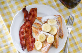 Fluffy Buttermilk French Toast | realmomkitchen.com