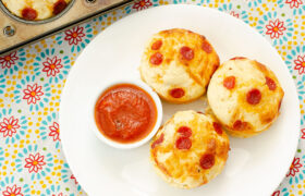 Easy Pizza Cupcakes | realmomkitchen.com