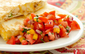 Homemade Pico de Gallo | realmomkitchen.com