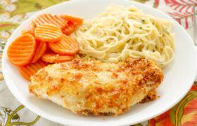 Air Fryer Parmesan Chicken | realmomkitchen.com