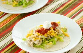 Instant Pot Salsa Verde Chicken Tacos   realmomkitchen.com