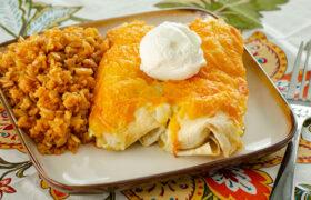 Sour Cream Chicken Enchiladas | realmomkitchen.com